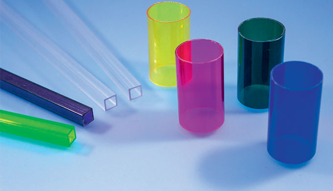 Tube polycarbonate - Type Tube light Formats :  Carré (séction 10 x 10 mm) Rond (diamètre 30 x 28 mm)Couleurs : Transpar