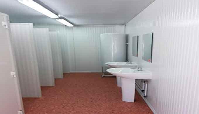 Construcciones Modulares sanitarios portátiles: Vestuarios, duchas y aseos portátiles. Nuestras construcciones modulares
