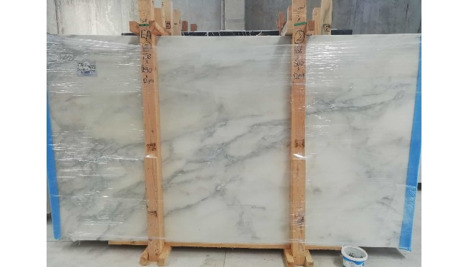Calacatta Marbles , Slabs and cut to sizes