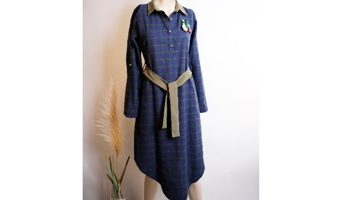 Quality navy blue stripes tunic (arched)