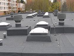 Ploché střechy - rekonstrukce, opravy, izolace