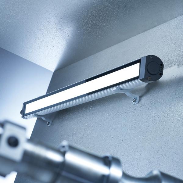 Neue Maschinenleuchte MACH LED PLUS.forty von Waldmann