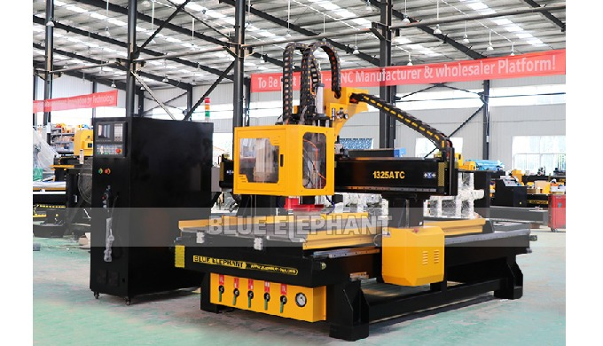 Feature:    1.  ATC CNC Router With automatic tool changer and row drill. On the basis of the classic work surface 1300*