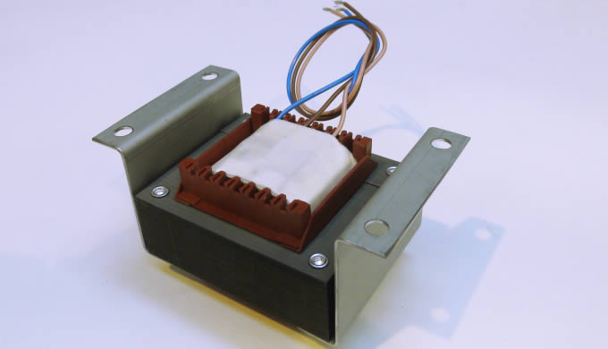 Custom Transformers offer a wide range of laminated transformers designed to your specification. We use the most up-to-d