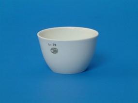 Vyznačuje se vysokou kvalitou, dobrou chemickou a tepelnou odolností vyhovující požadavkům normy ČSN EN 1183 a ČSN ISO 1