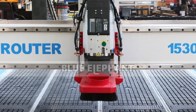 ELECNC-1530 3 Axis ATC Woodworking Machine with Linear Tool Changer