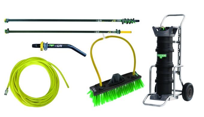 Ce kit de nettoyage à l'eau pure DIK48 Unger comporte : nLite® HydroPower DI, 24Lavec TDS metre + resine + chariot (DI