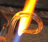 ELITE BOHEMIA nabízí svítidla bytového charakteru v širokých cenových úrovních i originální svítidla vyráběna na zakázku