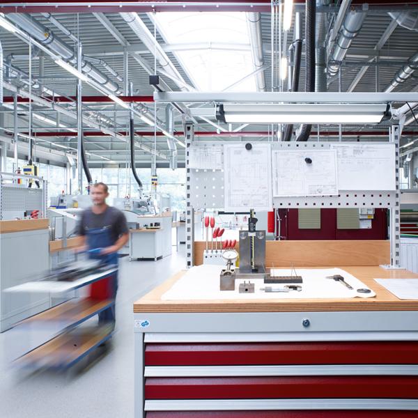 Individuell einstellbares Licht an den Arbeitsplätzen der Richard Wolf GmbH
