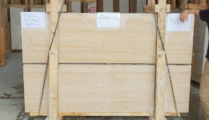 Travertine Slabs VC