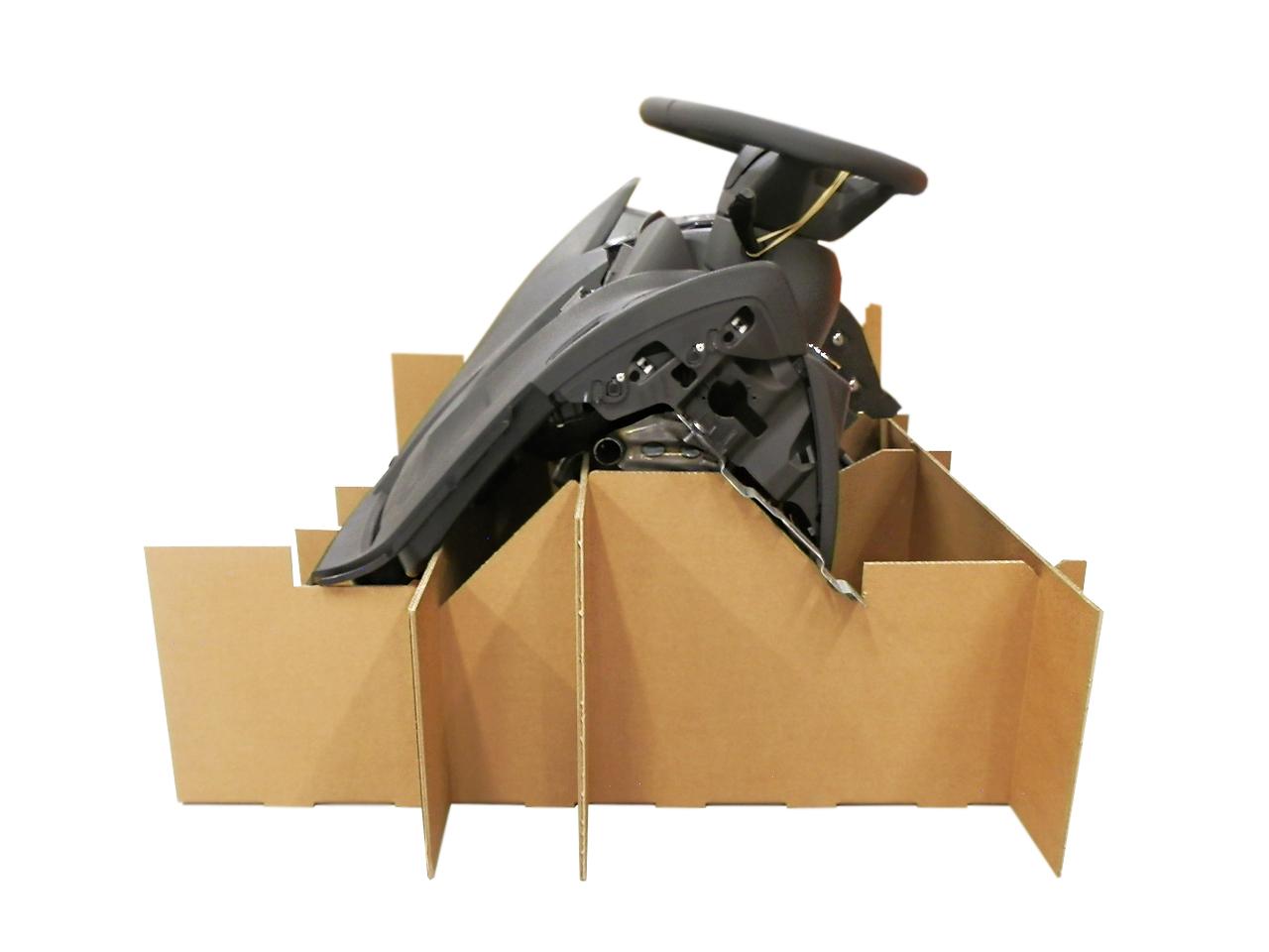 DS Smith Tecnicarton personaliza el embalaje de los salpicaderos de automóvil para optimizar el transporte