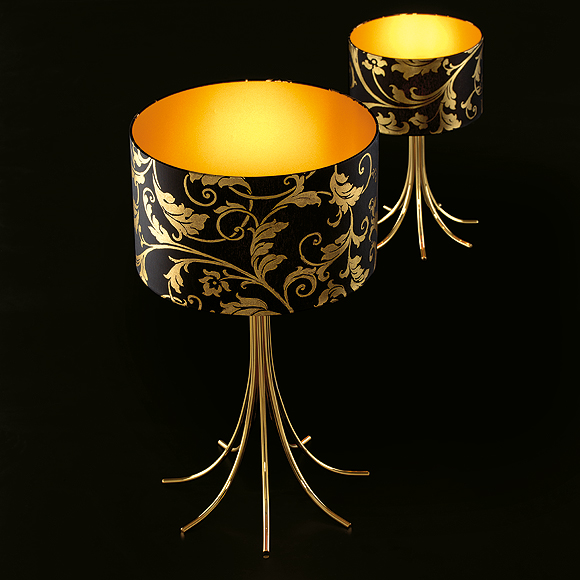 Nature itself is the prime element in the luxurious silhouettes embossed into the black fabric shade, with the inner sur