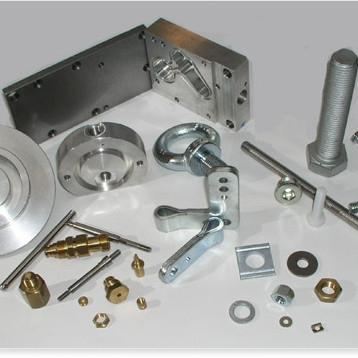 Wir sind seit 1978 als inhabergeführter Produzent und Vertrieb für Schrauben sowie Normteile am Markt. Als kompetenter P