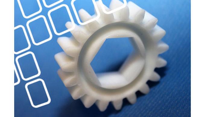Beratung und Projektierung von kundenspezifischen Kunststoffteileprojekten Entwicklungvon produktspezifischen Prüf-, un