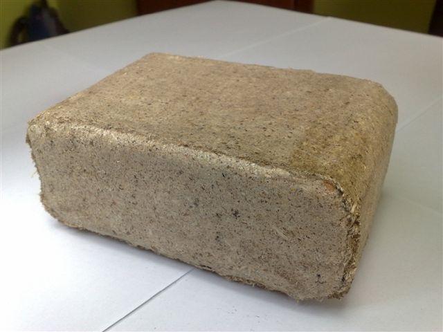 Топливные брикеты RUF из сосновой опилки от производителя