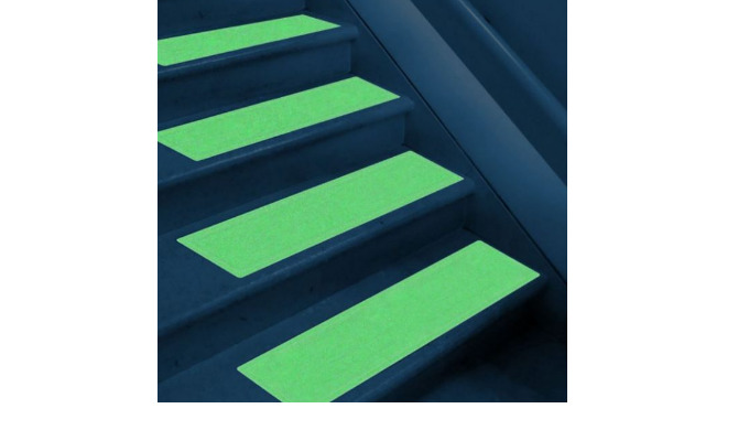 Deck Light Deck Light is a product family in which a photo-luminescent layer (glow in the dark) is integrated. Deck Ligh