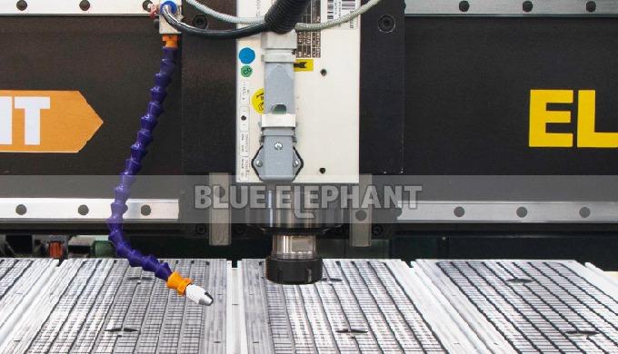 ELECNC-1325 Machines de routeur CNC pour meubles en bois