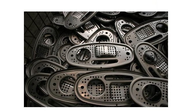 precision metal parts and moldings for the automotive industry
