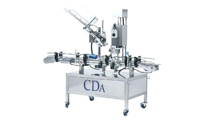 Conçue par la société CDA, la Cap System est un monobloc de distribution et de sertissage de capsules ou de coiffes pouv