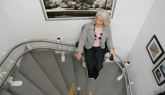 Treppenlifte für Innen - und Aussenbereich