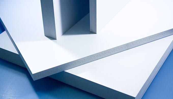 Plaque PVC expansé - type Komacel
