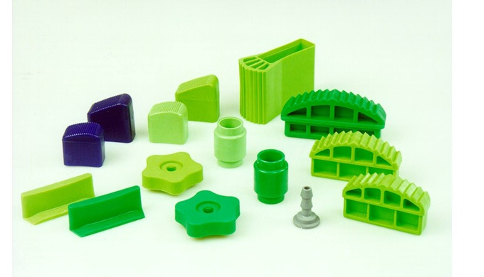 small pressed and injected parts, moldings and components made of thermoplastics