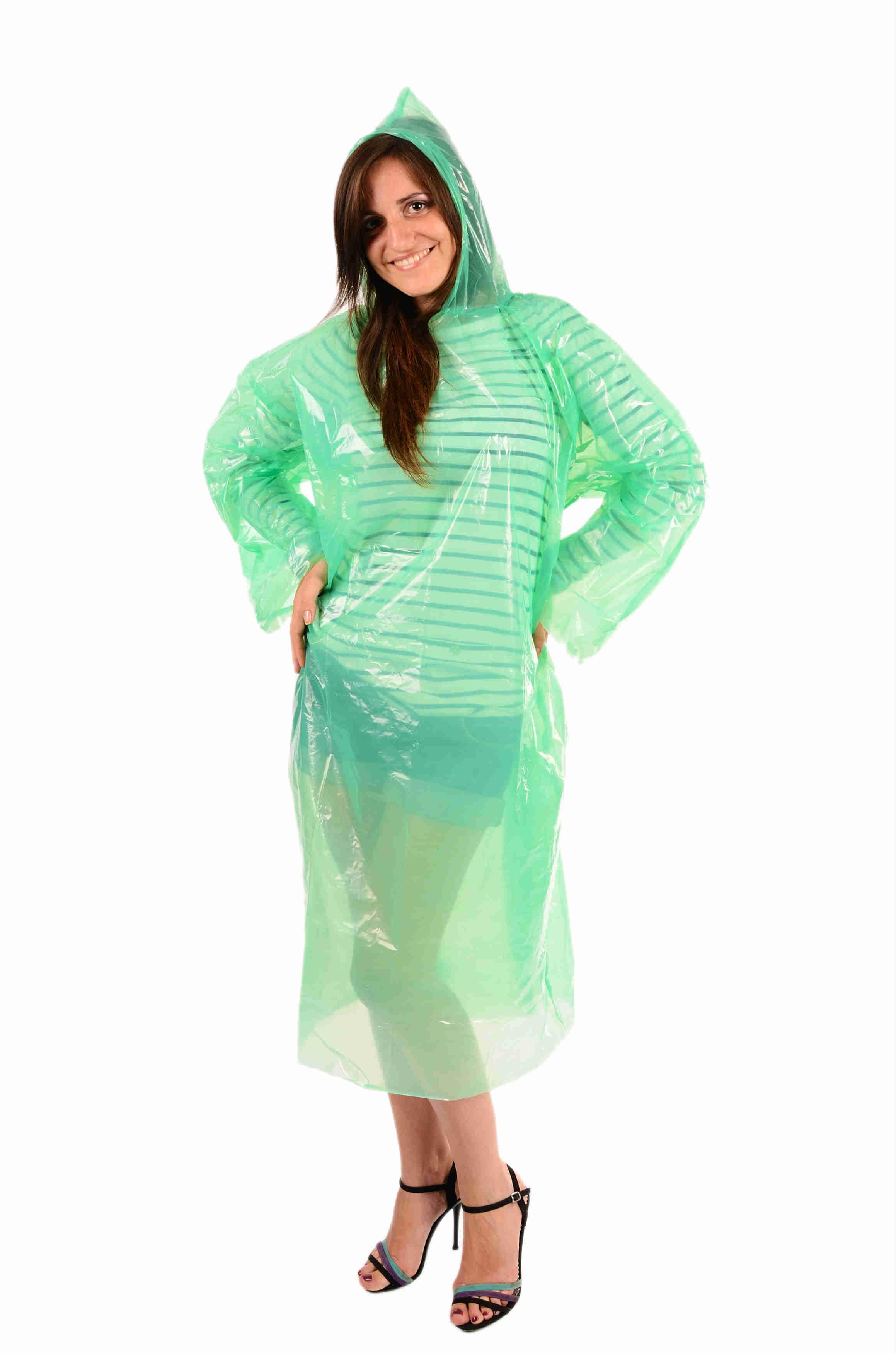 Плащ дождевик тонкий сплошной Дождевик одевается через голову, с длинными рукавами и капюшоном. Отличны