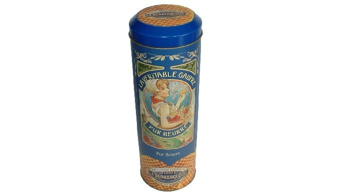 Descriptif Boîte métallique forme tube garnie de gaufres fines. Ingrédients Farine, sucre, beurre (lait) 22%, œufs, sel.
