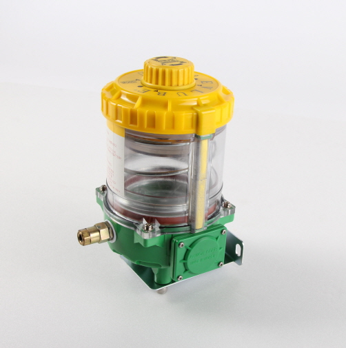 SPG-300 (electro-mechanical automatic lubricator) is the best solution for single point lubrication. SPG-300 guarantees