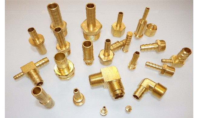 We manufacture wide range of Plumbing, Hose & Pneumatic fittings for Pipes and tubes made of Stainless Steel 304, 316 gr