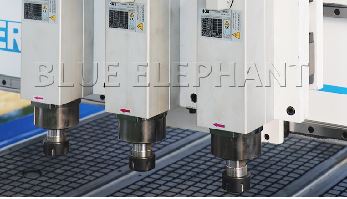 ELECNC-1530 Pneumatic System 3 Spindles CNC Router