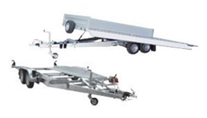 Přepravníky automobilů a mobilní techniky Přepravníky automobilů a dopravní techniky patří ke stěžejnímu programu výroby
