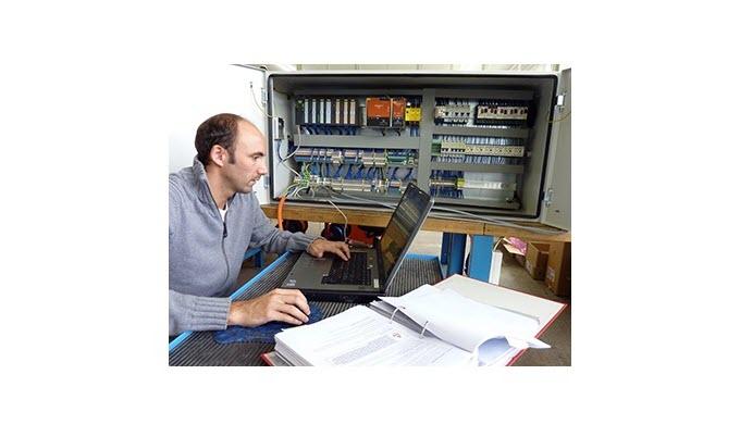 SPS-Programmierung, Bedienungsoberflächen und komplexe Visualisierungen lassen die Herzen unserer Programmierer höher sc