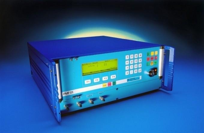 Das Durchflussprüfgerät PMF01 eignet sich vor allem bei Mehrkanaligen Prüfaufgaben, wo an mehreren Prüfstellen grössere