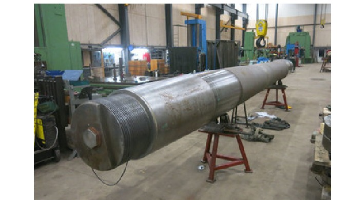 Welding of shafts MarineShaft has the equipment and the facilities for carrying out welding of shafts. Our welders are c