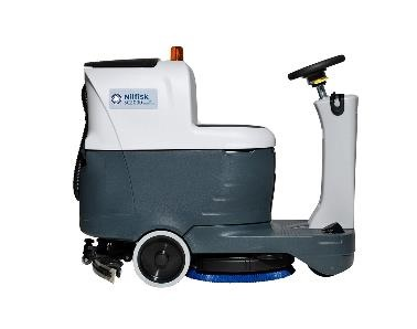 Une performance de nettoyage accrue. L'autolaveuse à conducteur porté Nilfisk SC2000 facilite considérablement l'efficac