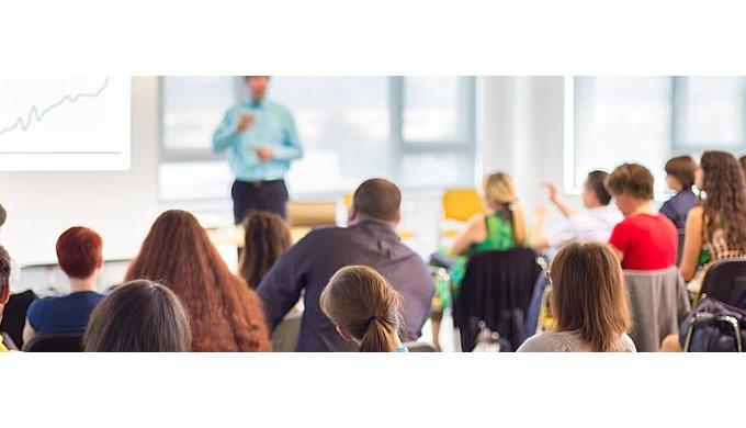Mit der norelem ACADEMY haben wir unsere Kompetenzen im Bereich Nachwuchsförderung sowie Training und Workshops unter ei