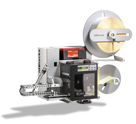 Alta velocidad de etiquetado permitiendo una cadencia de producción de hasta 120 etiquetas por minuto dependiendo de las