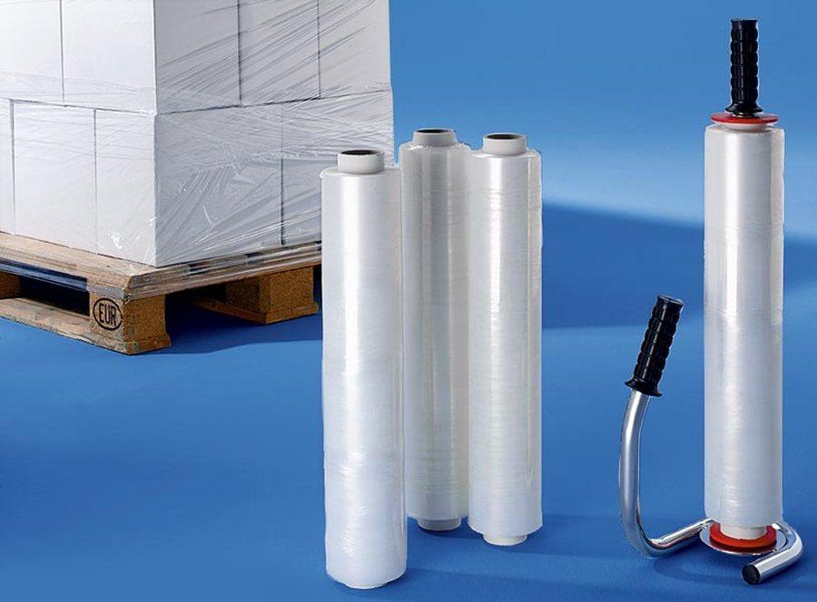 Hochwertiger verchromter Stahlabroller und Stretchfolie. Folie transparent. Länge 300 m, Breite 500 mm, Stärke 17 µm. Fü