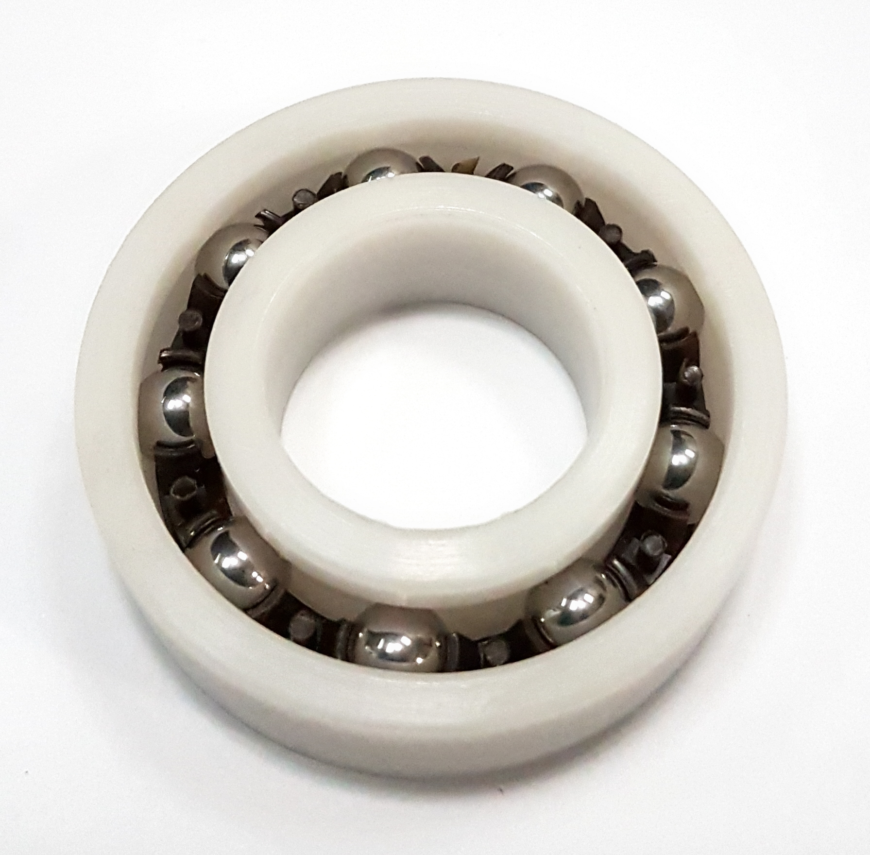 Specialist bearings provider launches plastic bearings range
