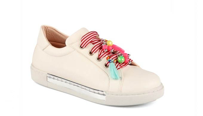 Trendy shoes for everytime in Vicco.