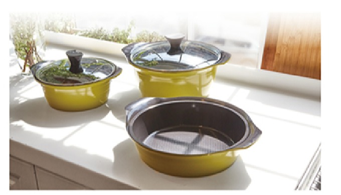 Aluminum Die-Casted ceramic coating cookware. Food does not stick or burn easily. Extremely scratch resistant and durabl