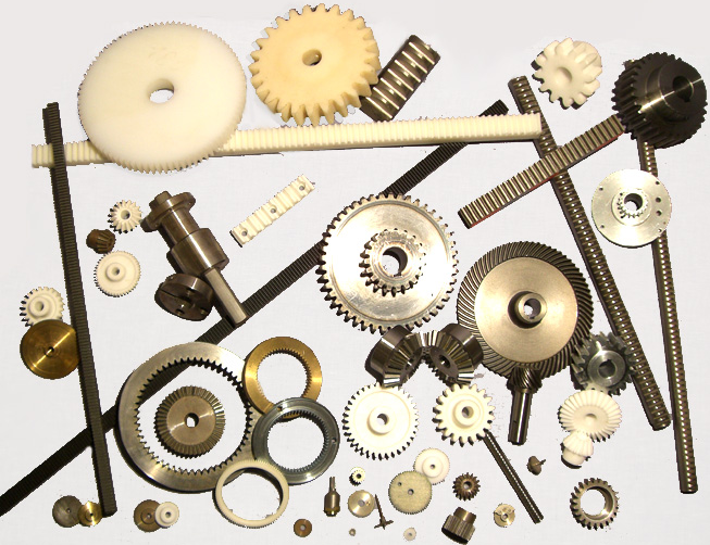 Translev AB markandsför ett stort standardprogram av cylindriska och koniska kugghjul med raka och sneda kuggar plus ett