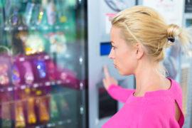 VÝDEJOVÉ AUTOMATY Chcete udělatpořádek ve výdejipracovních pomůcek, klíčů, či nápojů, ale nechcete najímat další zaměs