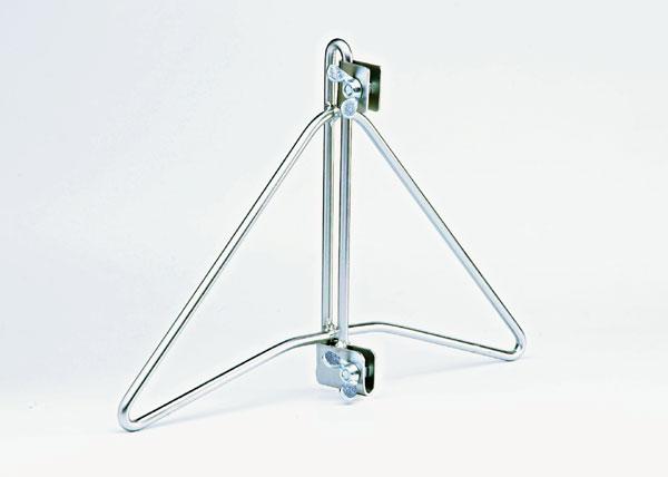 Utilisation pour stabiliser des grilles d'exposition Adaptable à toute grille dont le Ø du fil de ceintureest de 11 mm