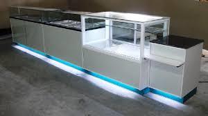 Société d'agencement de magasins spécialisé en vitrine frigorifique
