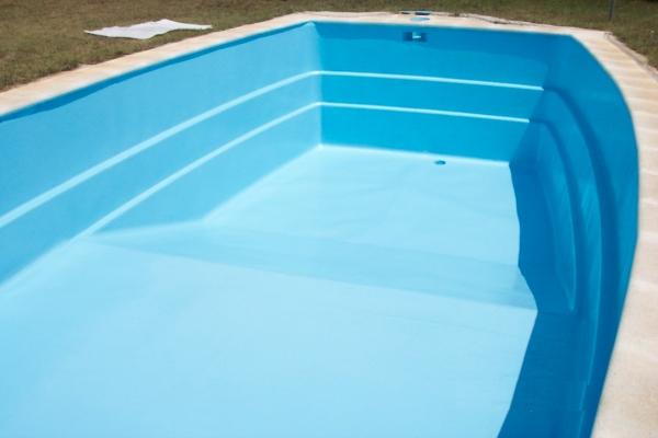 Revestimiento de piscinas http://www.poliestersantiga.com/piscinas.html
