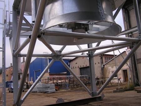 Svařované ocelové konstrukce Děčín Výroba lehkých a těžkých svařovaných ocelových konstrukcí do 20t