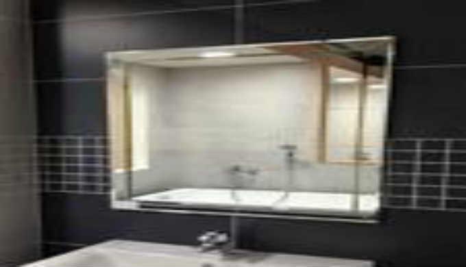 Serienherstellung und Einzelherstellung von Spiegeln