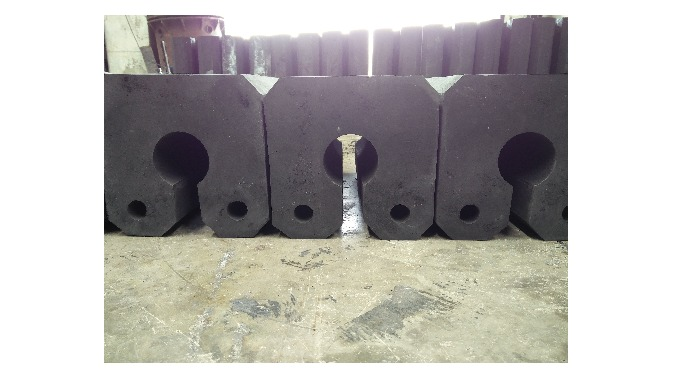 Quality being the prime concern, we offer our clients wide range of Key Hole Type Fender that are acclaimed among the cl